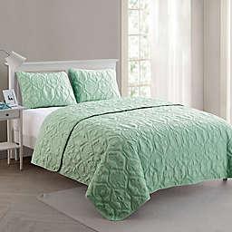 VCNY Home Shore 3-Piece Queen Quilt Set in Mint