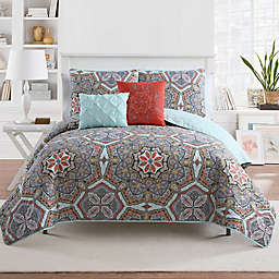 VCNY Home Yara Reversible Full/Queen Quilt Set in Multi