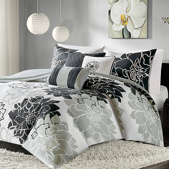 Madison Park 6 Piece Lola Duvet Cover Set In Black Bed