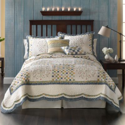 Emily Quilt 100 Cotton Bed Bath And Beyond Canada