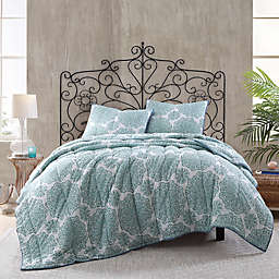 Daisy Voile Reversible Quilt in Blue