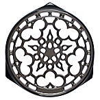 Le Creuset® Deluxe 9-Inch Round Trivet in Oyster