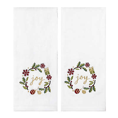 Saturday Knight 2-Piece Holiday Wreath Hand Towel Set in Ivory