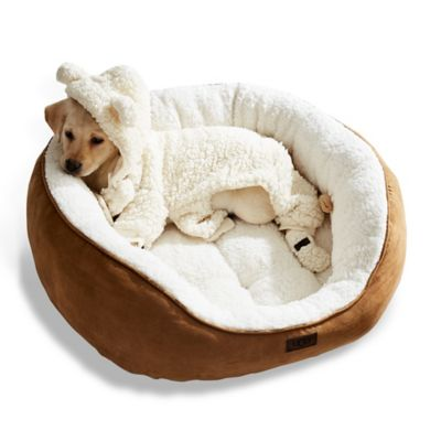 Ugg 174 Classic Sherpa Pet Bed In Chestnut Bed Bath Amp Beyond