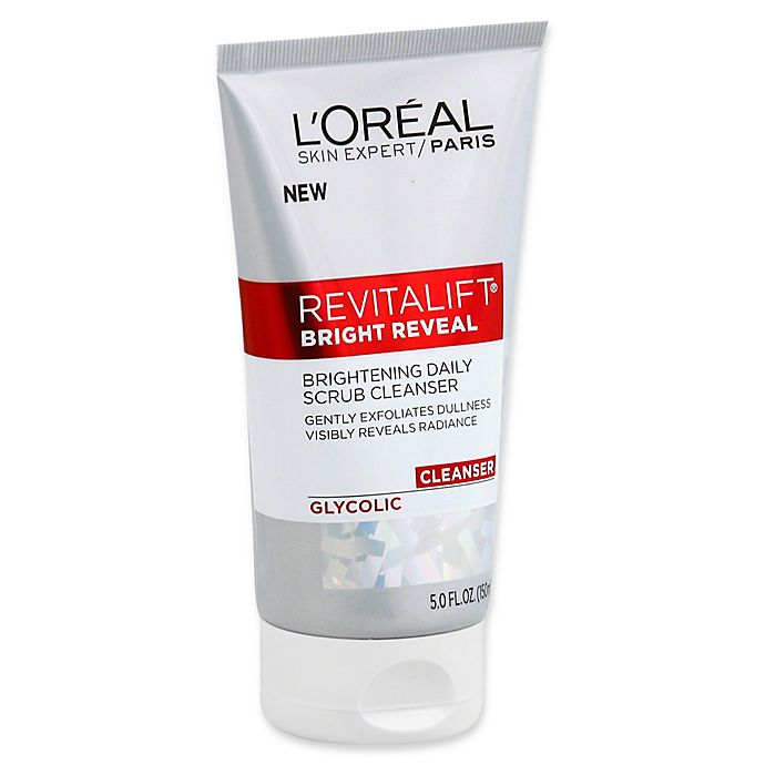 Alternate image 1 for L'Oréal® Revitalift® Bright Reveal 5 fl. oz. Brightening Daily Scrub Cleanser