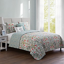 VCNY Home Evangeline Reversible Quilt Set