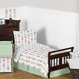 Sweet Jojo Designs Mod Arrow Toddler Bedding Collection in Coral/Mint