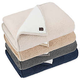 UGG® Classic Sherpa Throw Blanket
