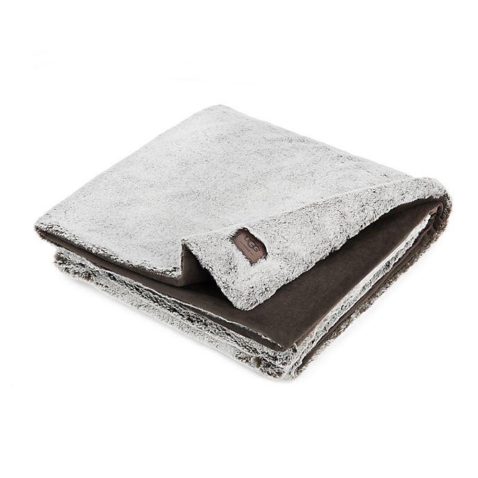 dc1fe5be5ea5 UGG® Dawson Tip Dye Plush Throw Blanket in Chocolate