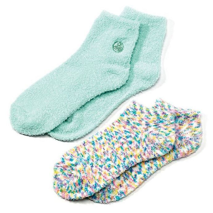 Alternate image 1 for Earth Therapeutics® 2-Pack Super Plush Aloe Moisture Socks