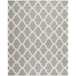 Safavieh Cambridge 7-Foot 6-Inch x 9-Foot 6-Inch Quatrefoil Rug in Silver/Ivory