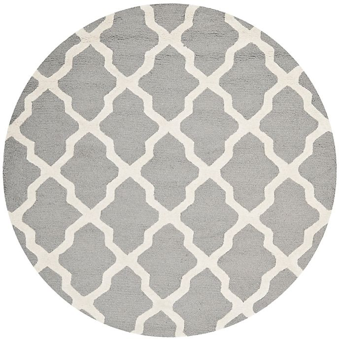 Alternate image 1 for Safavieh Cambridge 4-Foot x 4-Foot Quatrefoil Rug in Silver/Ivory