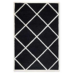 Safavieh Cambridge Zara 4' x 6' Handcrafted Area Rug in Black/Ivory