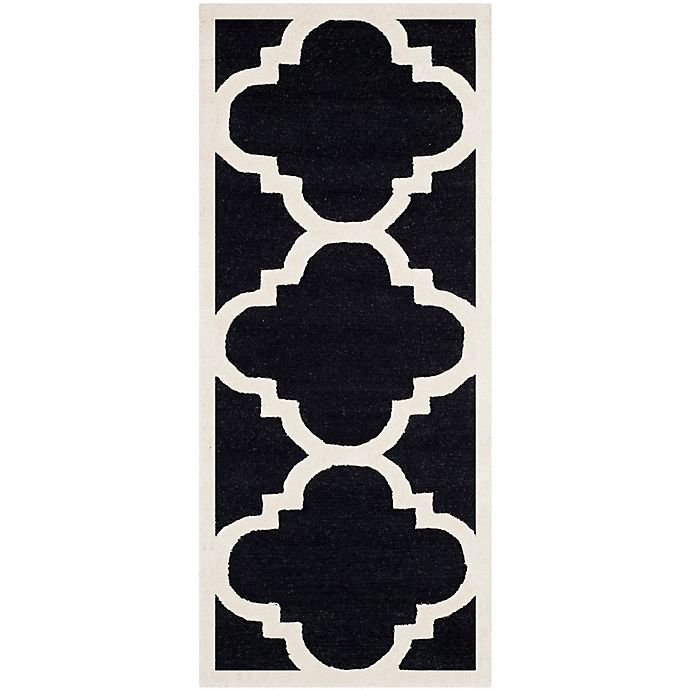 Alternate image 1 for Safavieh Cambridge 2-Foot 6-Inch x 8-Foot Lynn Wool Rug in Black/Ivory