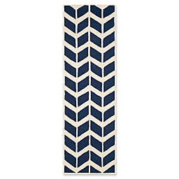 Safavieh Cambridge 2-Foot 6-Inch x 8-Foot Aria Wool Rug in Navy /Ivory