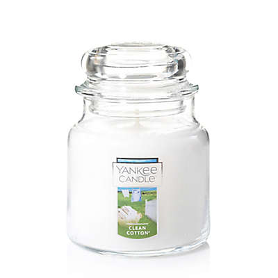 Yankee Candle® Housewarmer® Clean Cotton® Medium Classic Jar Candle