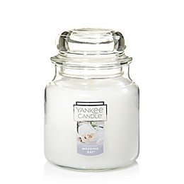 Yankee Candle® Housewarmer® Wedding Day™ Medium Classic Jar Candle