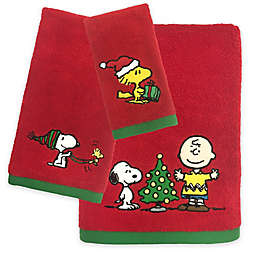Peanuts Holiday Towel Collection