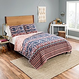 Vue® Yara Reversible Quilt Set