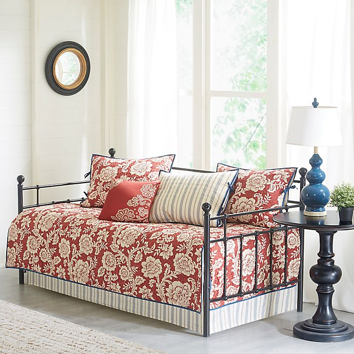 Alternate image 1 for Madison Park Lucy Daybed Set in Red