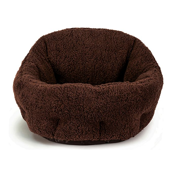 Alternate image 1 for Best Friends by Sheri Deep Dish Sherpa Pet Beds
