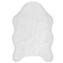 Jean Pierre Faux Fur 2' x 3' Accent Rug in White