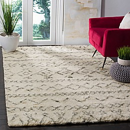 Safavieh Casablanca Felicity Area Rug in Ivory/Grey