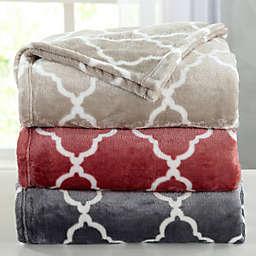 Great Bay Home Lattice Scroll Plush Blanket