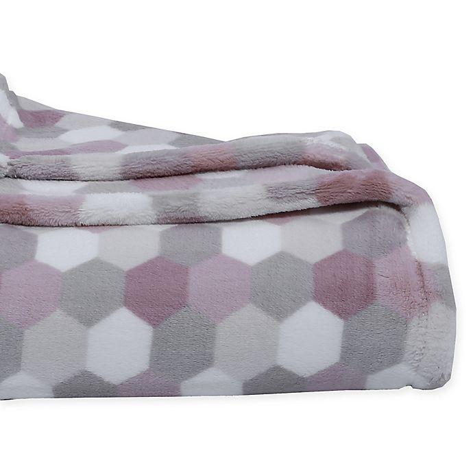 Alternate image 1 for Berkshire Blanket® Honeycomb PrimaLush Throw Blanket
