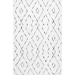 nuLOOM Beaulah Shaggy 9' x 12' Area Rug in White