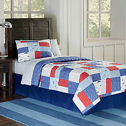 Lullaby Bedding Airplanes Quilt Set in Red/Blue