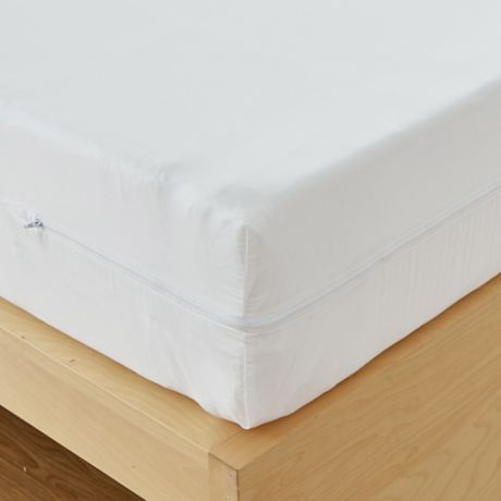 Allergycare 18 Inch Deep Mattress Protector In White Bed