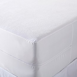 Great Bay Home Marta Waterproof Mattress Protector in White