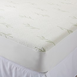 Great Bay Home Aleena Viscose Mattress Protector in Ivy