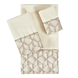 J. Queen New York Horizons Fingertip Towel in Ivory