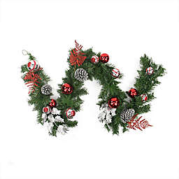 Northlight 6-Foot Traditional Pine Garland in Red/Green