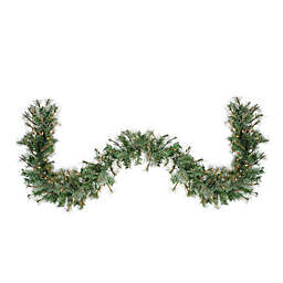 Northlight 6-Foot Pre-Lit Clear Lights Garland in Green