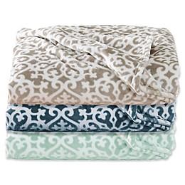 Great Bay Home Reesa Ultra Plush Throw Blanket