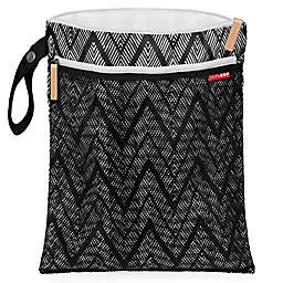 SKIP*HOP® Grab & Go Wet/Dry Bag in Zig Zag Zebra