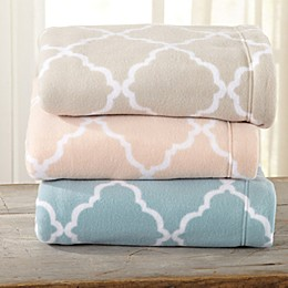 Great Bay Home Lattice Fleece Sheet Set