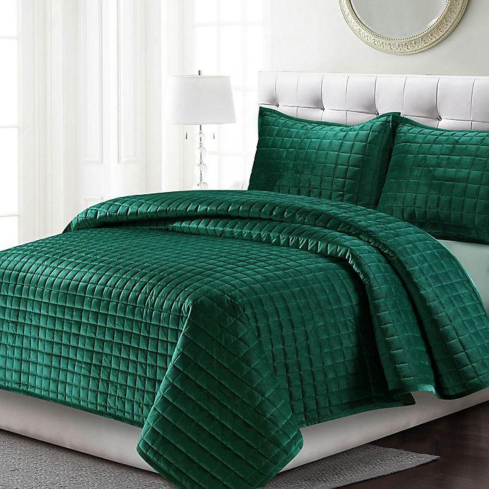 Alternate image 1 for Tribeca Living Florence Velvet Twin Quilt Set in Emerald Green