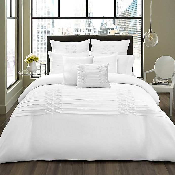 Alternate image 1 for City Scene Triple Diamond 3-Piece King Comforter in White