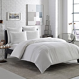 City Scene Variegated Pleats Bedding Collection