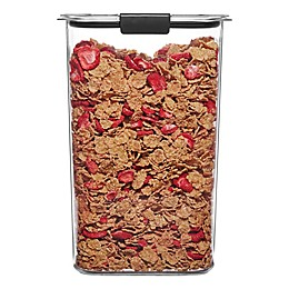 Rubbermaid Brilliance 19.9-Cup Cereal Dry Storage Container