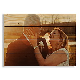 Designs Direct Photo Upload 20-Inch x 14-Inch Pallet Wood Wall Art