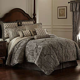 Rose Tree Portici Comforter Set