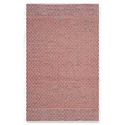 Safavieh Montauk 5' x 8' Althea Rug in Red