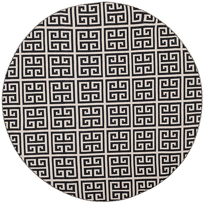 Alternate image 1 for Safavieh Montauk 6' x 6' Garland Rug in Black