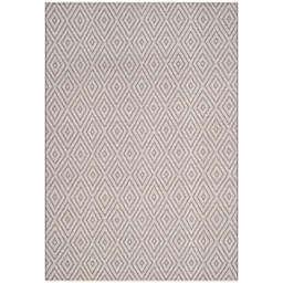 Safavieh Montauk 6' x 9' Griffith Rug in Grey
