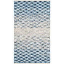 Safavieh Montauk 4' x 6' Phoenix Rug in Blue
